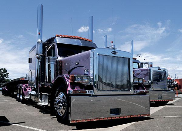 Tricked Out Semi Trucks http://www.lodinews.com/news/article_27b8e843-9c25-5392-a69f-51d0074755bc.html?mode=image