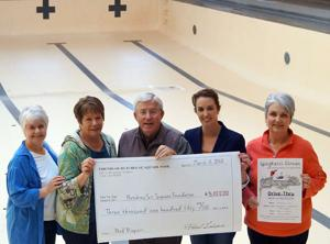 Hutchins Street Square volunteers raise funds for pool repairs
