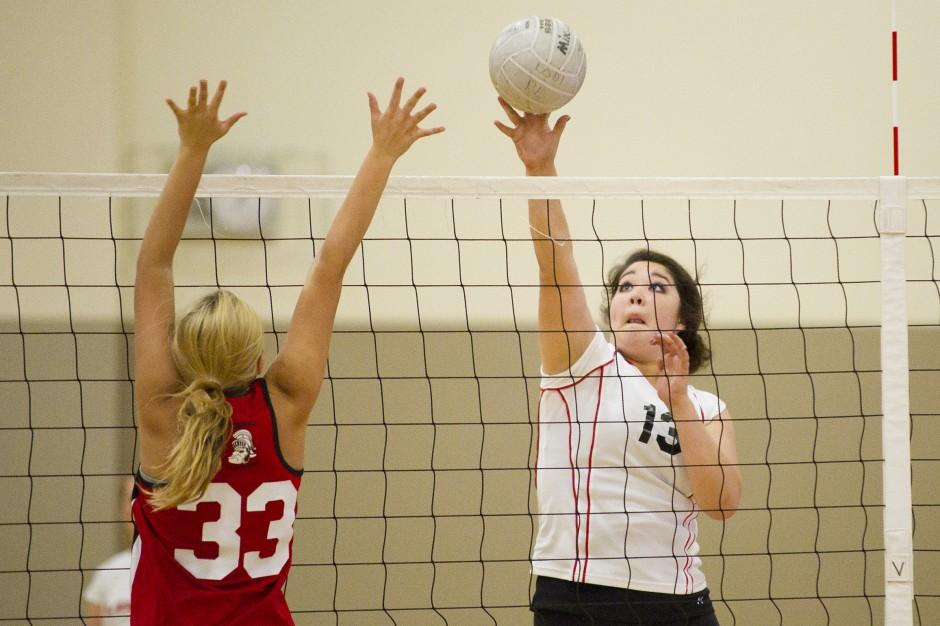 Lodi sweeps past Lincoln in volleyball