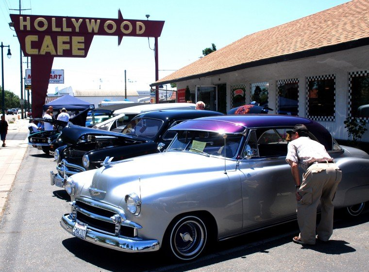 Hollywood Cafe Car Show
