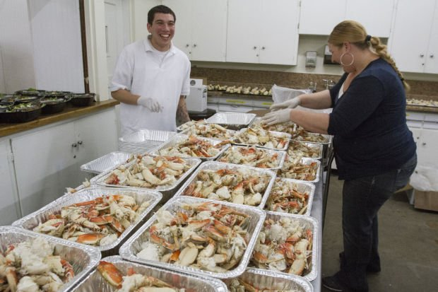 People Assisting Lodi Shelter crab feed