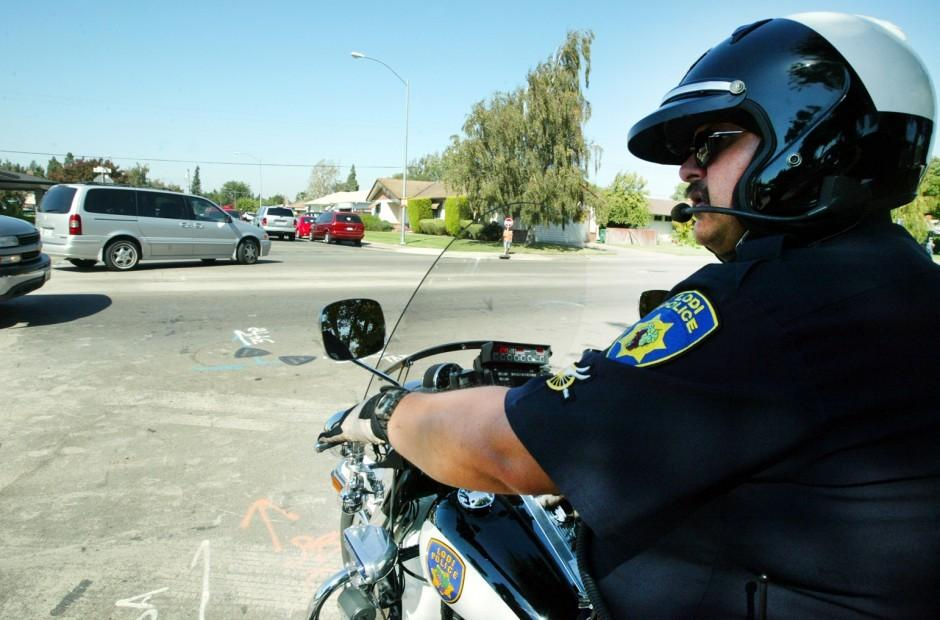 Lodi Officer Larry Vietz back on motorcycle