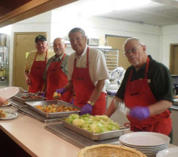 Elks Lodge holds St. Patrick's Day fundraising dinner
