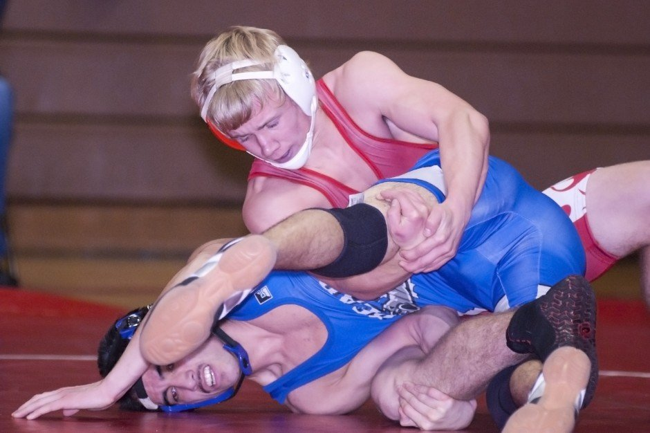 Lodi Flames wrestling team rumbles to victory