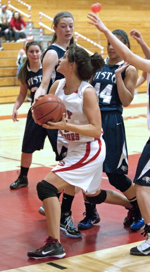 Galt Warriors win close one in girls basketball