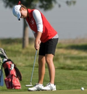 Lodi's Marissa Hinchman keeps cool, advances to Northern California golf championships