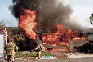 Fire burns down Lodi garage; house suffers smoke damage