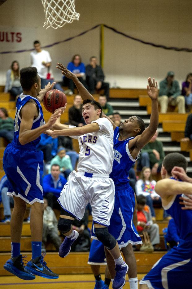 Boys basketball: Strong finish lands Nico Brusa all-league honors