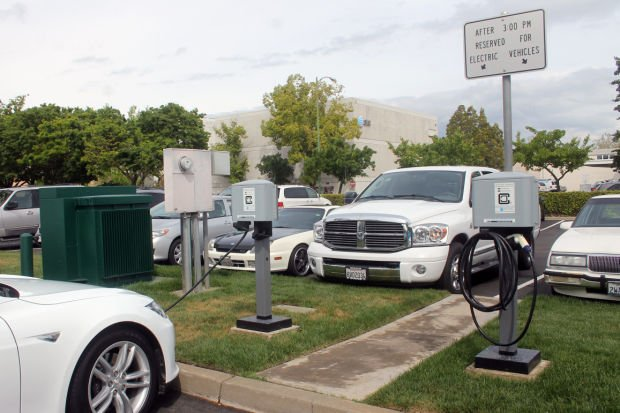 Lodi offers more charging stations for drivers of electric vehicles