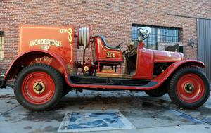 Lodi business gets historic Woodbridge fire engine running