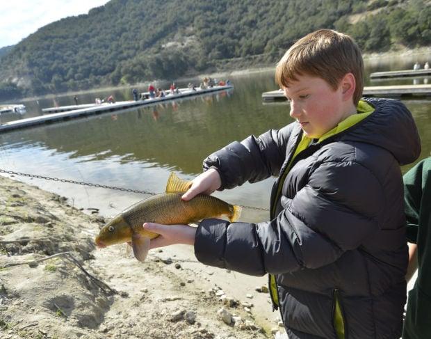 Gallery the lopez lake kids free fishing clinic for Lopez lake fishing