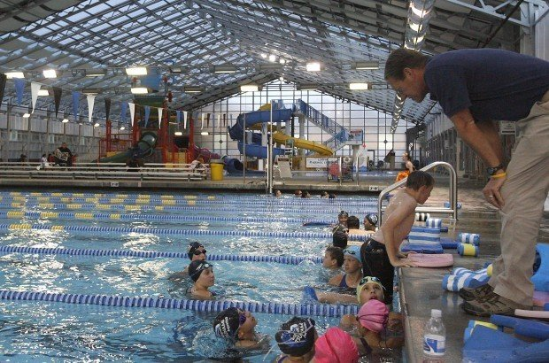 Lompoc Swimming Pool : Oversight committee reviews aquatic center expenditures