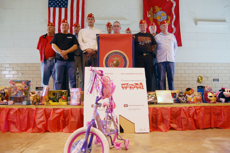 Toys For Tots Font : Angelina and trinity counties toys for tots campaign kicks