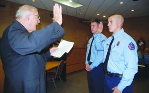 Mayor welcomes new firefighters