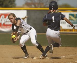 Gallery: CSI Softball Takes On Snow College