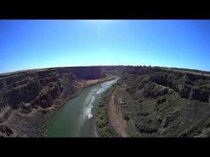Video: Dorothy Custer's Tandem BASE Jump