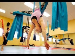 Video: Impressive Twirling on Aerial Silks