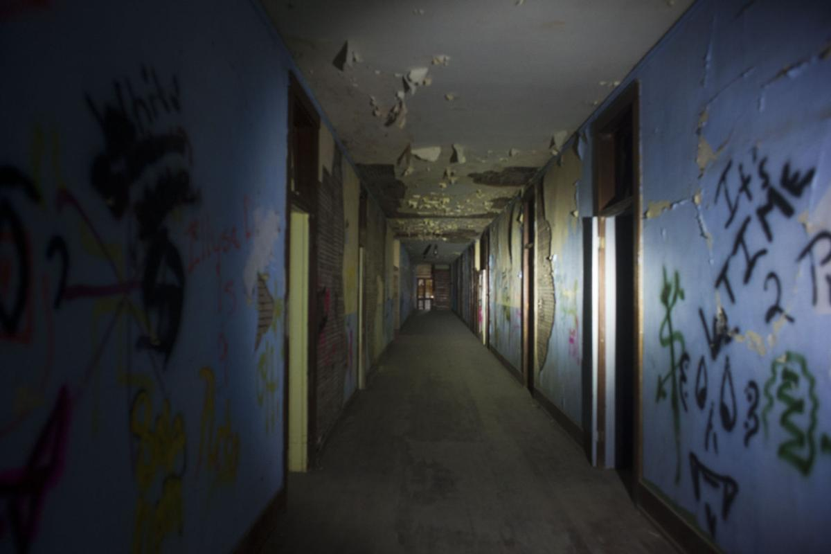 Real Pictures Of Ghosts In Schools