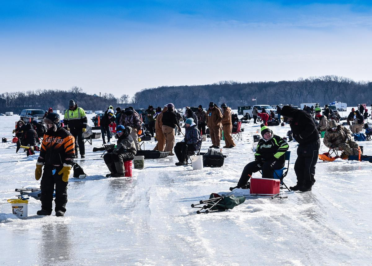 Super plans for big bobber event marketed as part of 2018 for Mn ice fishing show