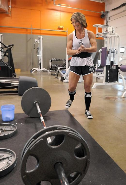 Weight lifting duo defy aging by pumping iron instead