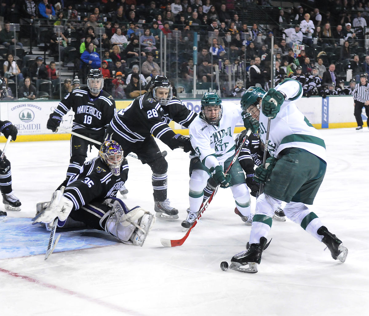 WCHA: MacNaughton Cup Champs Move On To 'second Season'