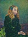 Jeune femme en robe verte