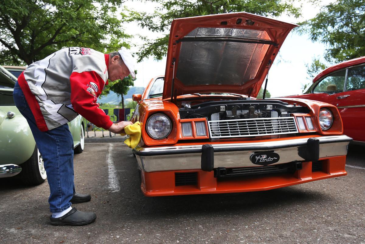 Caras Park Car Show