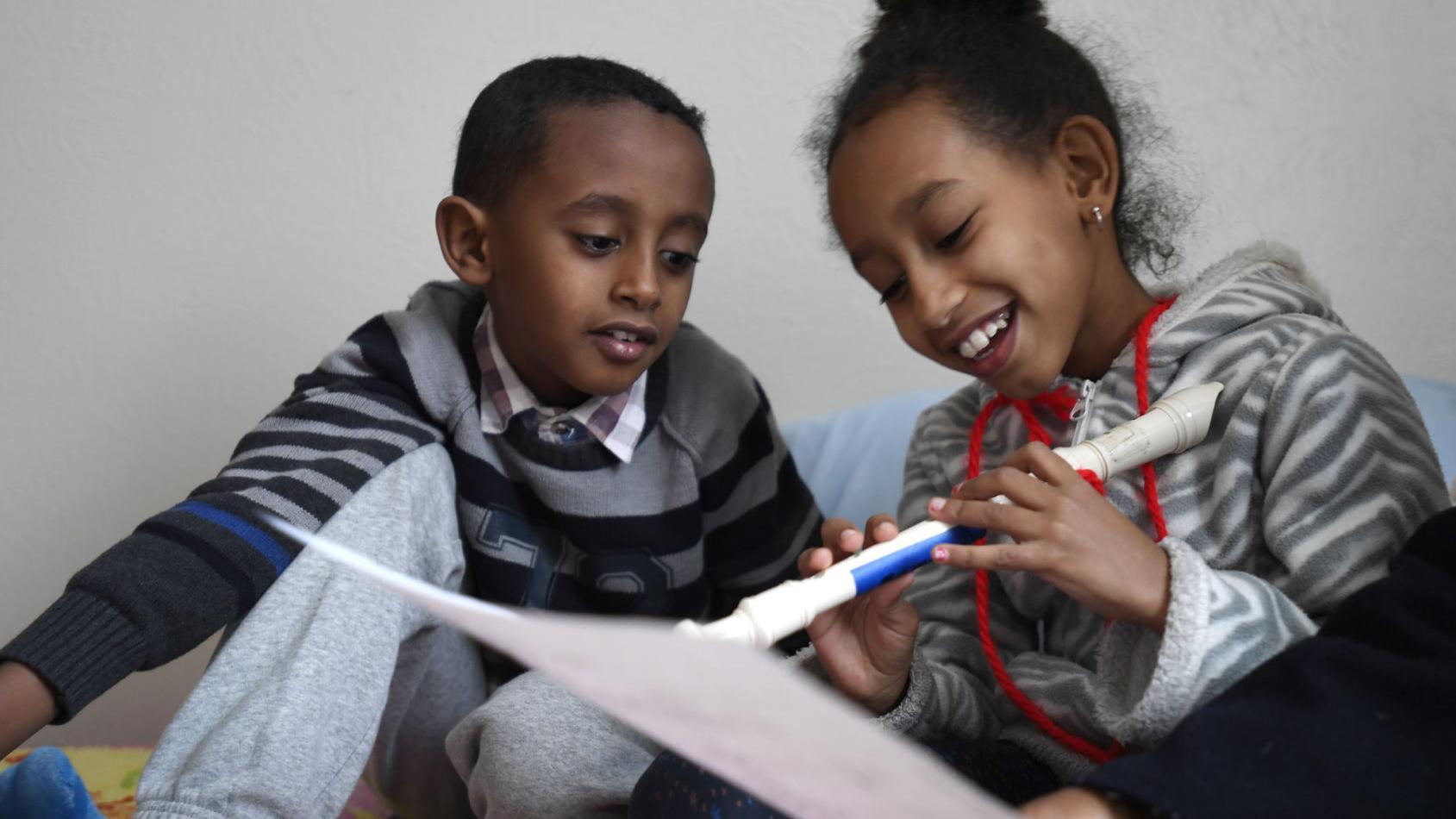 The door is open: Eritrean refugee family adjusts to winter in Montana
