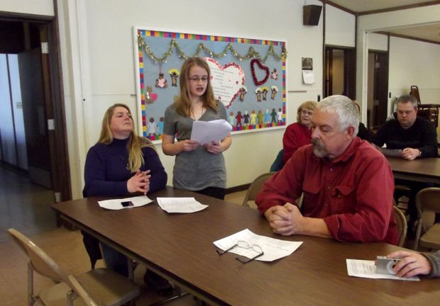 dar essay contest 2011 Abigail phelps chapter dar simsbury, connecticut added 5 new photos from march 4 to the album: march 2018 abigail phelps dar essay contests — with east granby, connecticut march 4 what makes the essay awards so much fun is to see history through the eyes of imaginative and creative young writers.