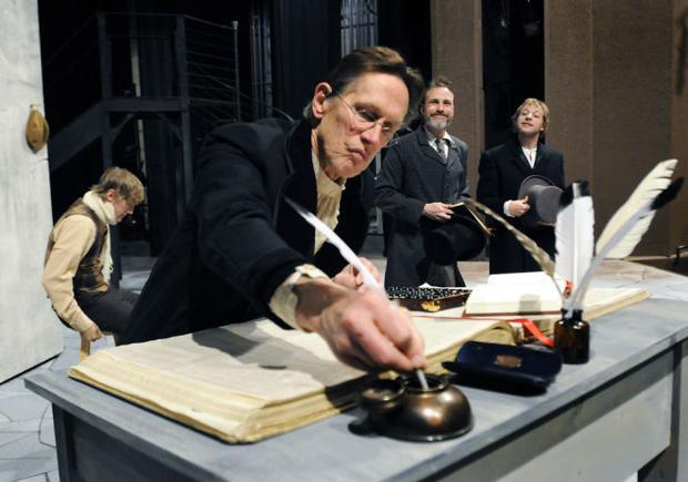 Veteran charactor actor plays Scrooge in UM production