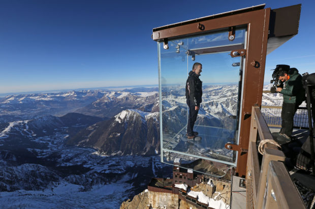 Step into the Void - A new tourist attraction in the ...