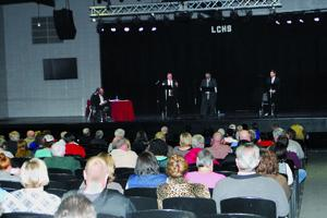Superintendent candidates discuss school issues