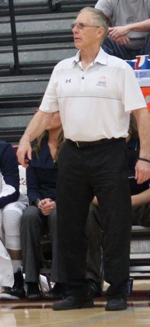 Anaconda votes to keep Bill Hill as basketball coach