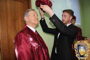 Professor recognized in home country of Ukraine
