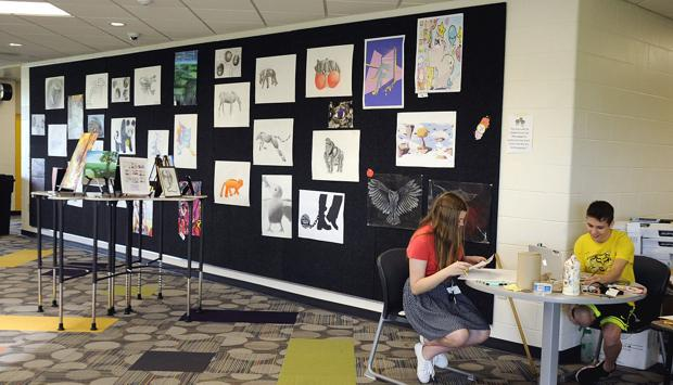 Displaying their talents: Muscatine art students shine in art show