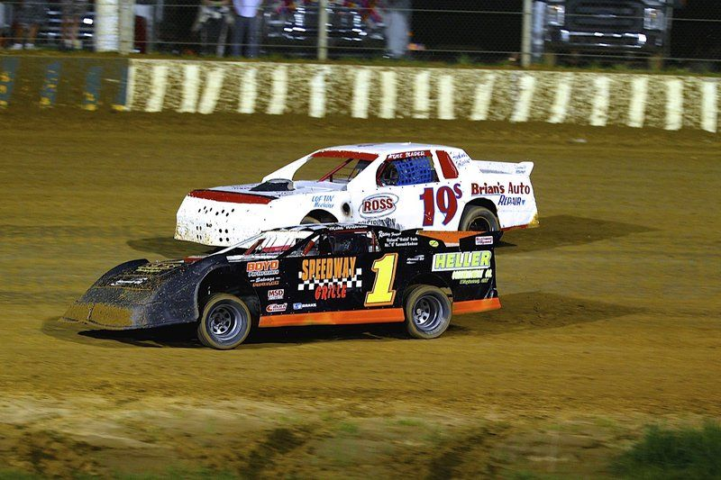 USRA Modifieds to headline Outlaw Motor Speedway action in 2009