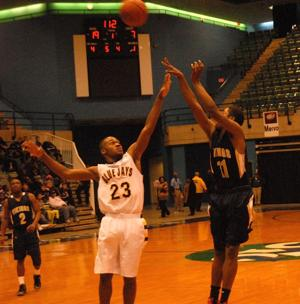 Cambridge-South Dorchester falls in first game at Governor's Challenge