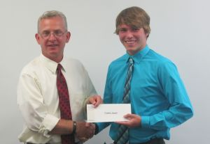 Clarke Jewell awarded scholarship