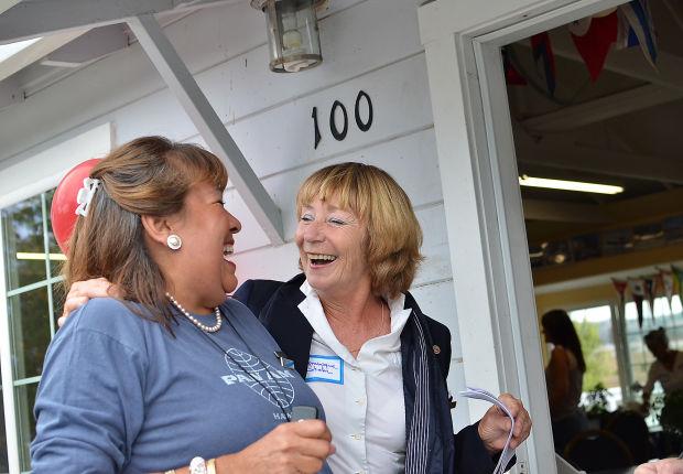 Flight attendants recall friendlier skies at reunion