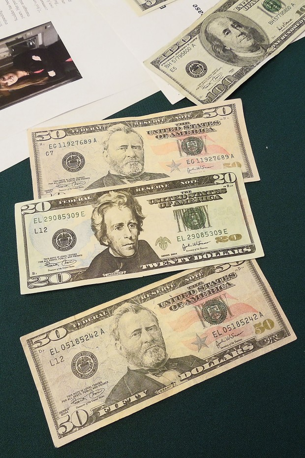 how to tell if a bill is counterfeit