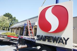 Safeway pulls the plug on its downtown store