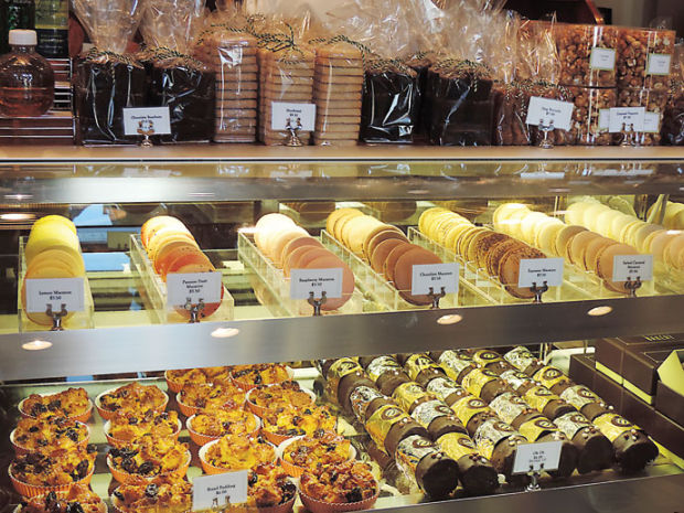 bouchon baker shares tips for making macarons