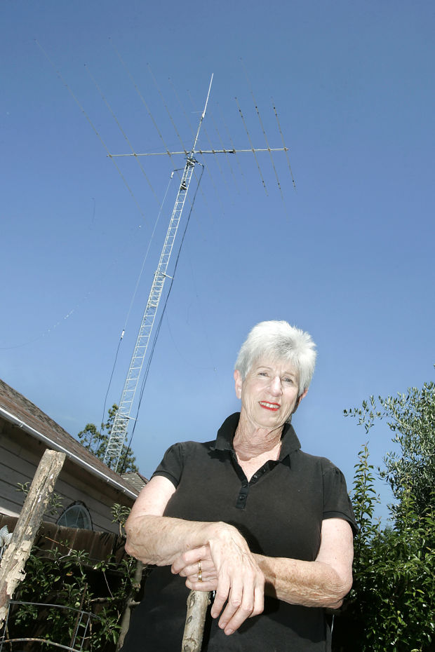 City Puts Curbs On Towering Backyard Antenna