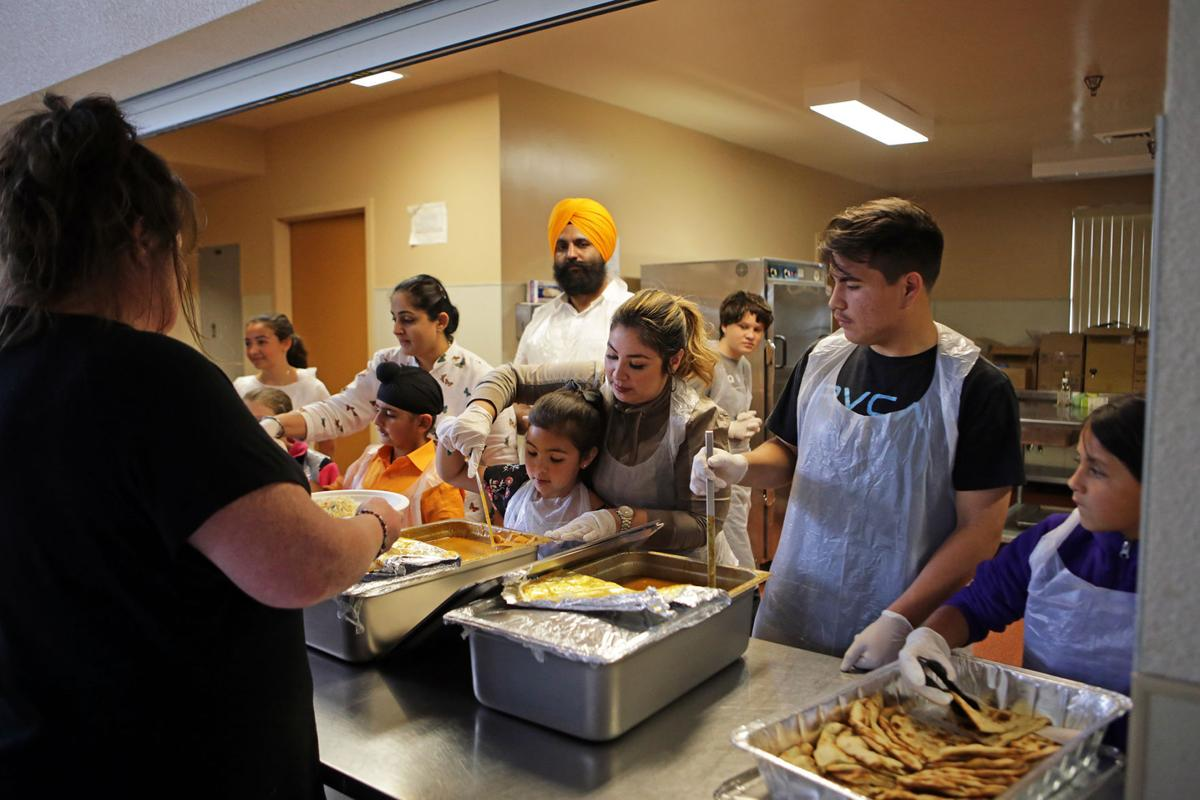 Napa school families bring supper and service to for Aroma indian cuisine napa