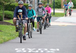 Community bike ride promotes cycling in Newark