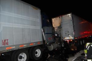 Tractor trailer crash shuts down U.S. 301