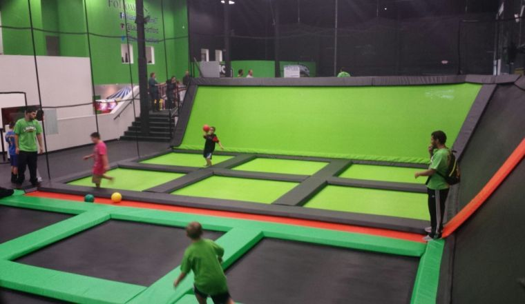 Delaware's first indoor trampoline park to bounce into Newark ...
