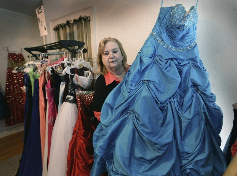Prom dress kingston apartments