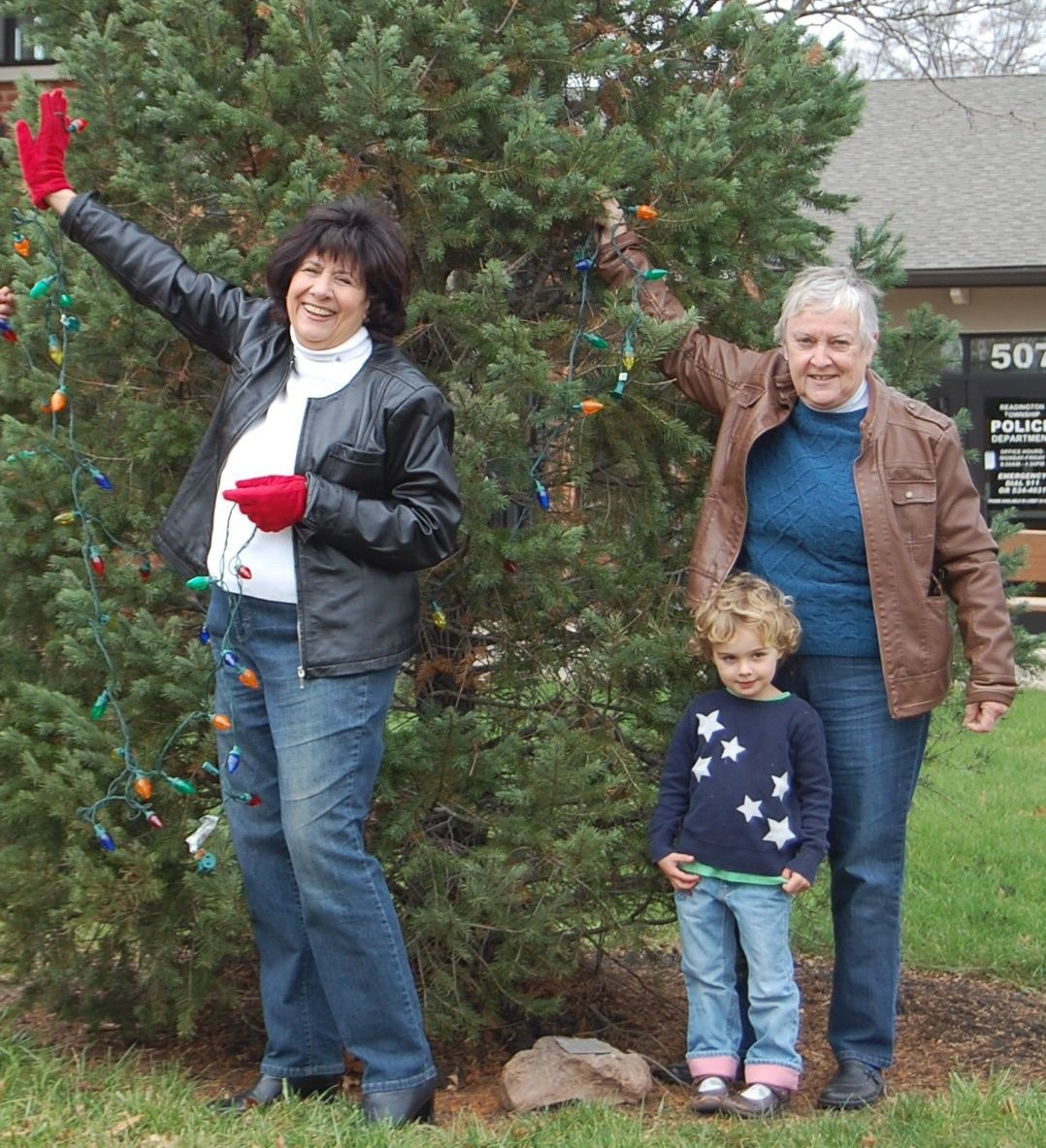 'Making Spirits Bright' with Readington's 12th annual holiday tree lighting