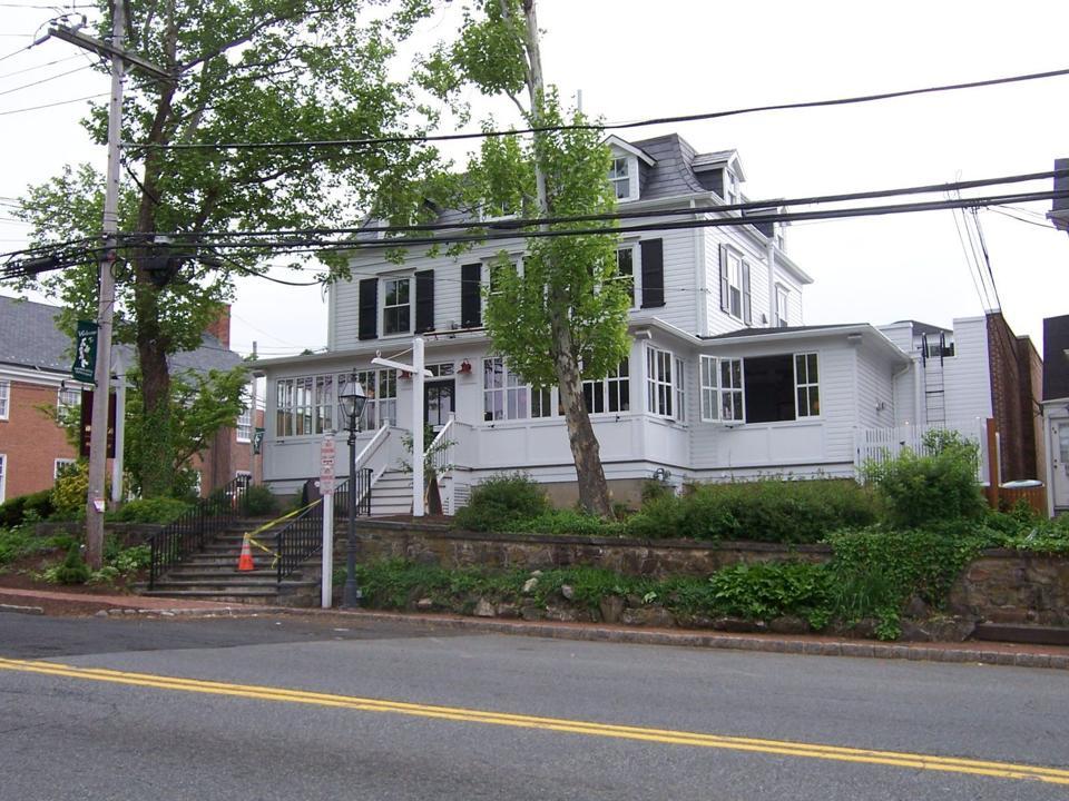 Restaurants Seek Outdoor Dining In Bernardsville Basking Ridge New Jersey